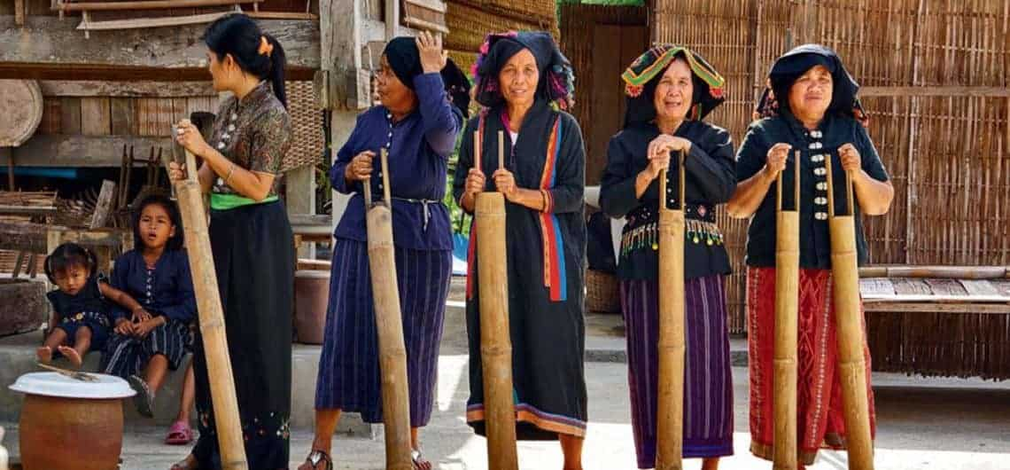 Tai-Dam-Tribe-People-Thailand-01